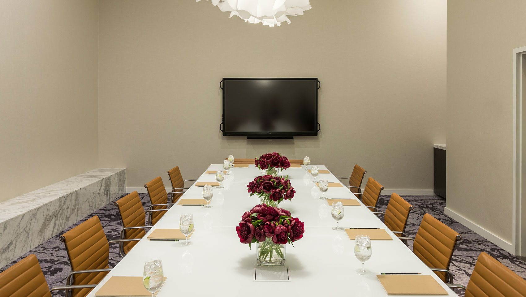 kimpton everly hollywood boardroom
