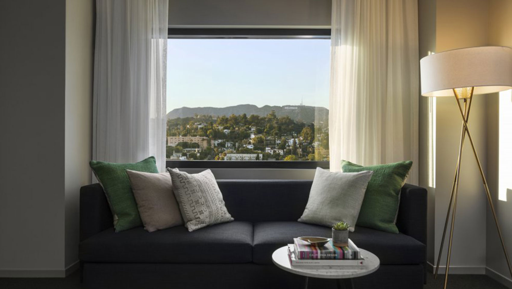 The Kimpton Everly Hotel hollywood hills king room